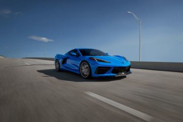 A blue 2020 Chevrolet Corvette Stingray Coupe 3LT Z51 - Sherman Chevrolet in Sherman, TX
